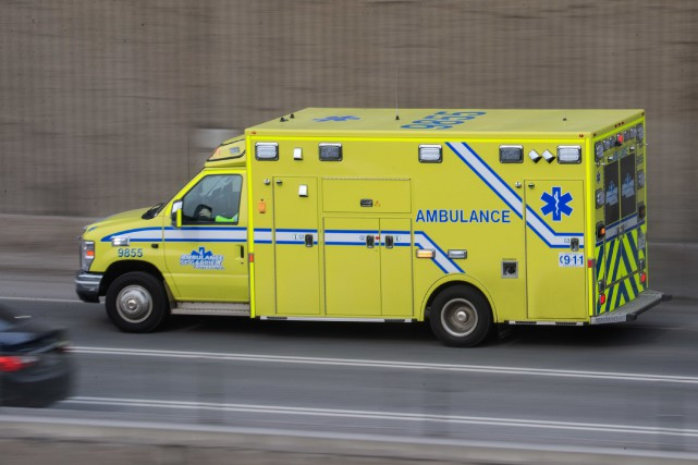 Une femme est morte après avoir été impliquée dans une sortie de route en moto... (PHOTO HUGO-SEBASTIEN AUBERT, ARCHIVES LA PRESSE)
