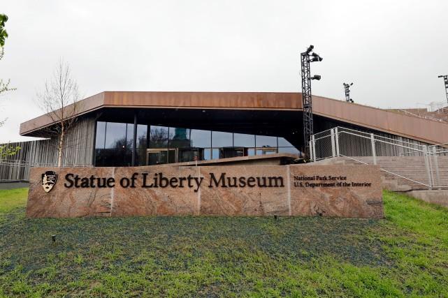 New York inaugure jeudi un nouveau musée à... (PHOTO RICHARD DREW, AP)