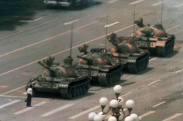 Le Parti communiste redouble de prudence et renforce... (PHOTO, ARCHIVES AP)