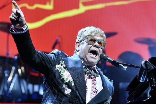 Une nouvelle chanson d'Elton John,(I'm Gonna) Love MeAgain,... (PHOTO HANS PUNZ, ARCHIVES AFP)