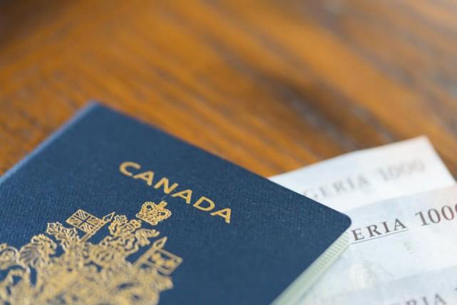 L'an dernier, 36629passeports canadiens ont été perdus et... (PHOTO GETTY IMAGES)