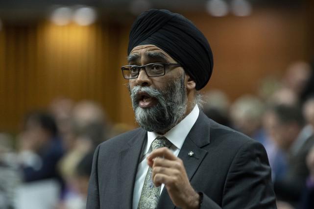 Le ministre de la Défense, Harjit Sajjan... (PHOTO ADRIANWYLD, LA PRESSE CANADIENNE)