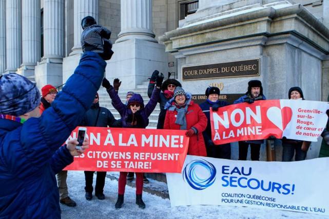 En décembre dernier, des manifestants ont protesté à... (PHOTO ALAIN ROBERGE, ARCHIVES LA PRESSE)