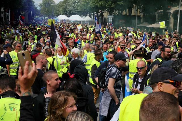 Gilets jaunes: mobilisation au plus bas depuis le début du mouvement