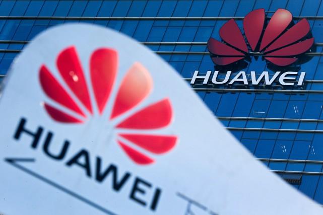 Leader mondial de la technologie5G, Huawei reste dépendant... (PHOTO ANDY WONG, AP)