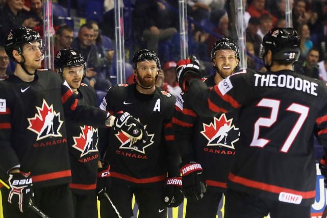 Championnat du monde: le Canada bat le Danemark au compte de 5-0