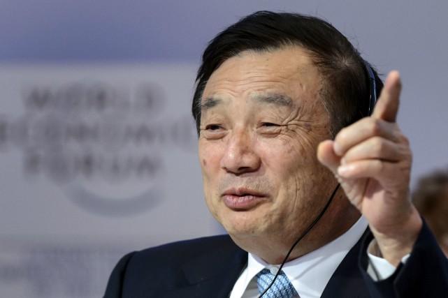Ren Zhengfei... (PHOTO FABRICE COFFRINI, AFP)