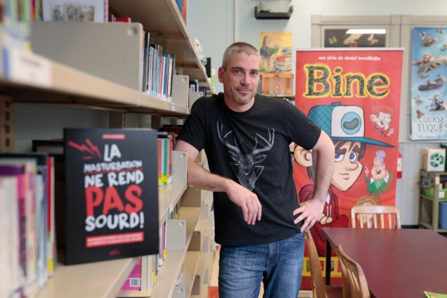 Ex-enseignant, Daniel Brouillette lance La masturbation ne rend... (PHOTO MARTIN CHAMBERLAND, LA PRESSE)
