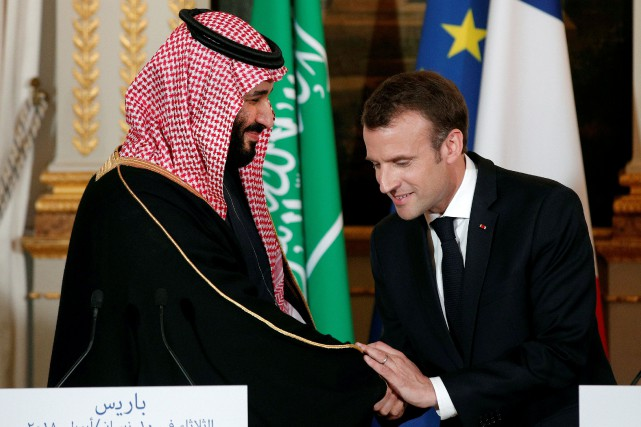 Le président français Emmanuel Macron avait accueilli à... (PHOTO REUTERS)