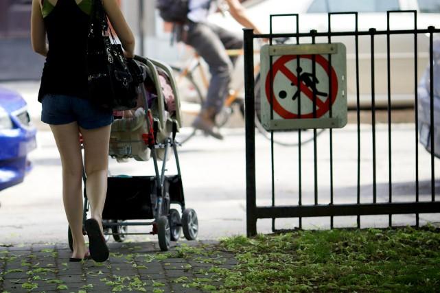 L'exemption pour pension alimentaire pour enfant passera de... (PHOTO SARAH MONGEAU-BIRKETT, ARCHIVES LA PRESSE)