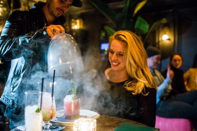 L'Atwater Cocktail Club, un bar de typespeakeasy caché... (PHOTO MARTIN TREMBLAY, ARCHIVES LA PRESSE)