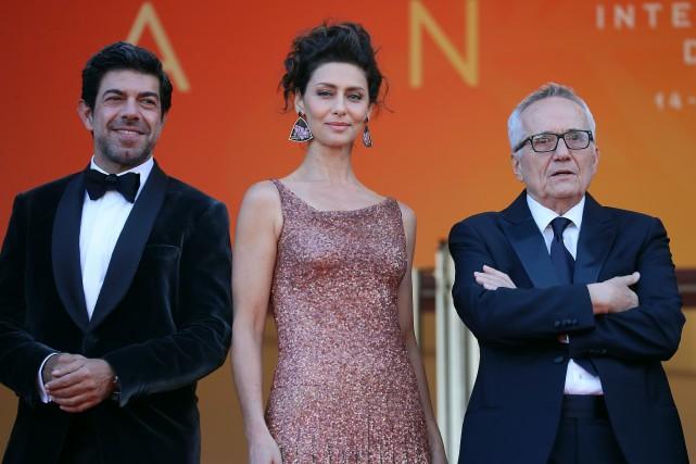 Le réalisateur Marco Bellocchio (à droite) en compagnie... (PHOTO VALERY HACHE, AFP)