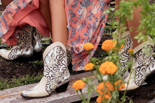 La chaîneH&M offre ce modèle de bottes.... (PHOTO TIRÉE DU COMPTE INSTAGRAM DE H&M)