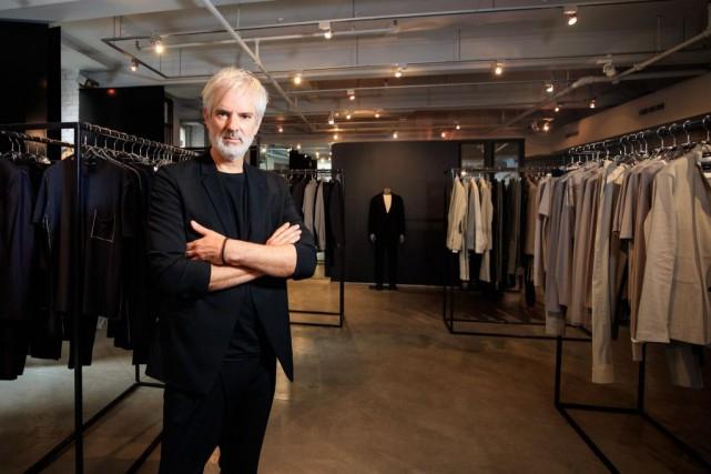 Le créateur de mode Philippe Dubuc vient de... (PHOTO HUGO-SÉBASTIEN AUBERT, LA PRESSE)