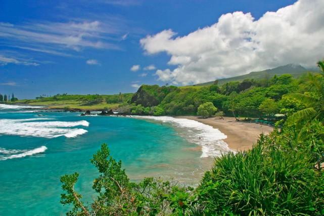 L'île de Maui. Cette plage n'est pas celle... (PHOTO ARCHIVES PC)