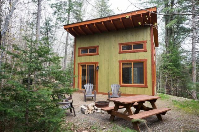 Chalets Lanaudière propose plusieurs abris de prêt-à-camper, dont... (PHOTO OLIVIER PONTBRIAND, LA PRESSE)