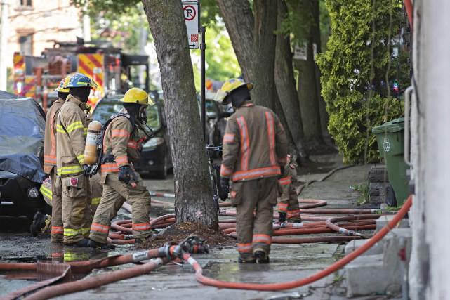 Selon les premières informations du Service sécurité incendie... (PHOTO PATRICK SANFAÇON, LA PRESSE)