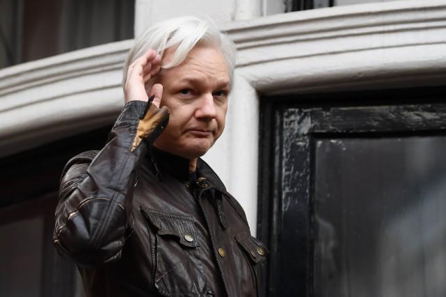 Julian Assange a toujours nié les faits de... (AFP)