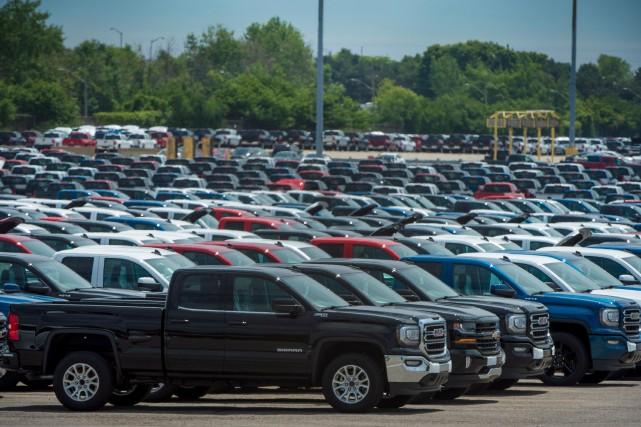 Les ventes de véhicules se sont dénombrées à... (PHOTO TIJANA MARTIN, ARCHIVES LA PRESSE CANADIENNE)