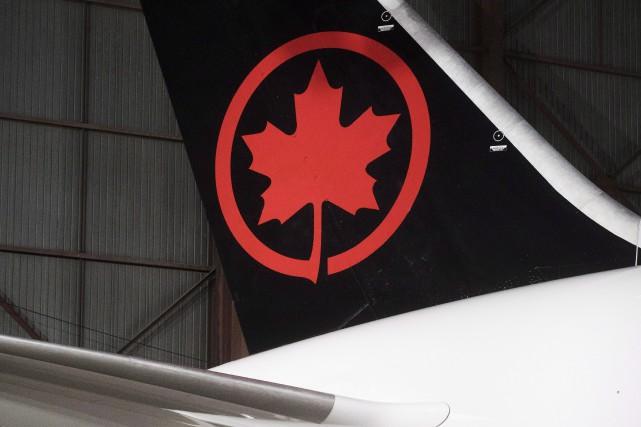 Air Canada a annoncé mardi son entrée sur le marché de la livraison par drones... (PHOTO MARK BLINCH, ARCHIVES LA PRESSE CANADIENNE)