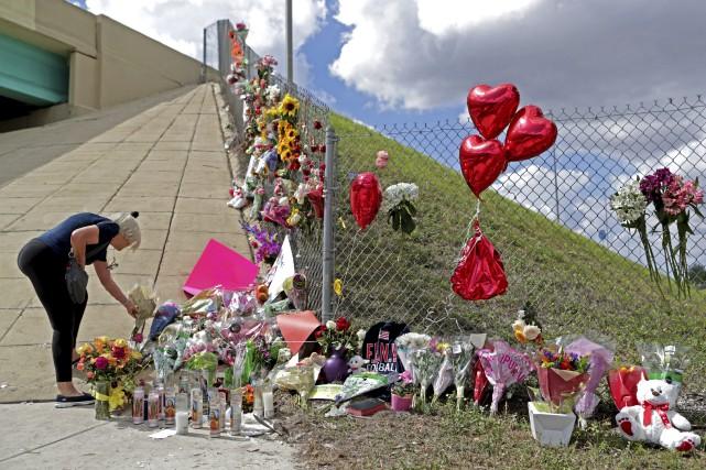 Fusillade en Floride: un shérif adjoint accusé