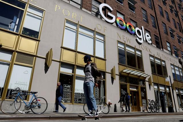 Les bureaux de Google à New York.... (PHOTO BRENDAN MCDERMID, ARCHIVES REUTERS)