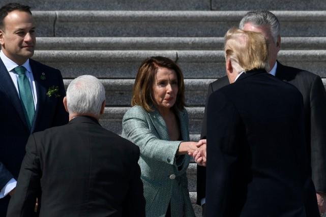 Nancy Pelosi voudrait voir Trump «en prison»