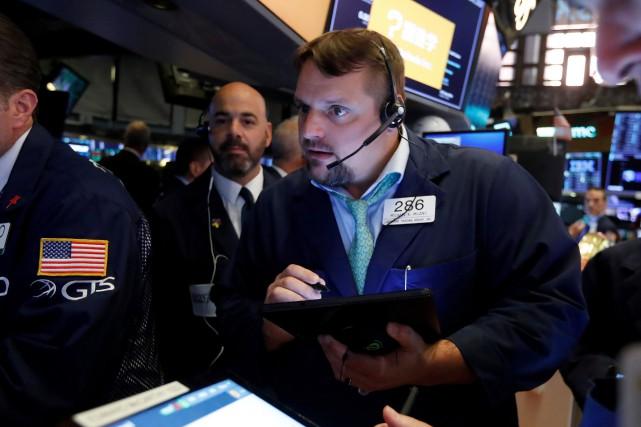 L'indice NASDAQ, à forte coloration technologique, a baissé... (PHOTO RICHARD DREW, AP)