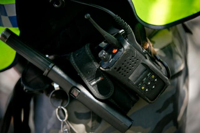 Le SPVM souhaite doter tous les policiers d'un... (PHOTO DAVID BOILY, ARCHIVES LA PRESSE)