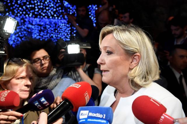Photos d'exactions de l'EI: Marine Le Pen renvoyée devant la justice