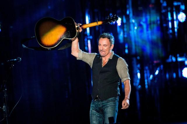 Bruce Springsteen, nostalgique et inspiré par la country-pop... (PHOTO BRENDAN SMIALOWSKI, ARCHIVES AFP)