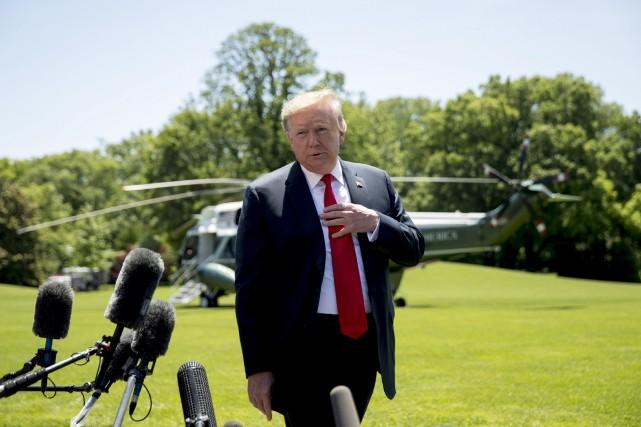 Sous le feu des critiques, Trump accuse les médias «Fake News»