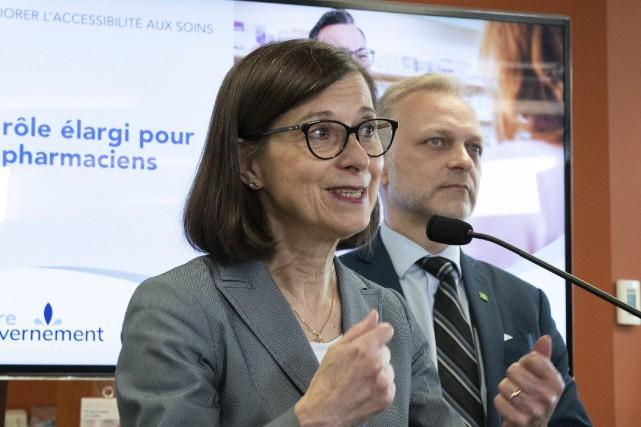 La ministre de la Santé et des Services... (PHOTO JACQUES BOISSINOT, LA PRESSE CANADIENNE)