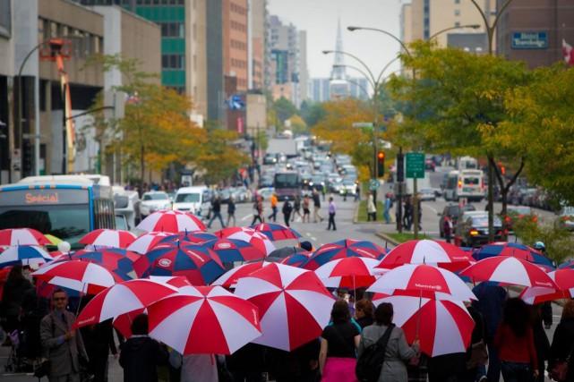 La marche Centraide aux mille parapluies... (PHOTO ANDRÉ PICHETTE, ARCHIVES LA PRESSE)