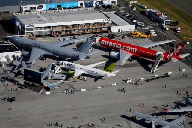 Vue aérienne du Salon du Bourget... (PHOTO PASCAL ROSSIGNOL, REUTERS)
