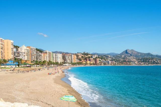 La plage de La Malagueta se trouve à... (PHOTO GETTY IMAGES)