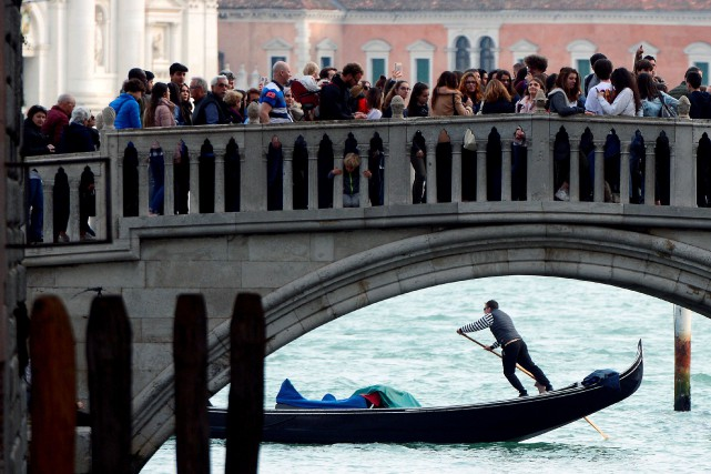Venise... (PHOTO GUGLIELMO MANGIAPANE, REUTERS)