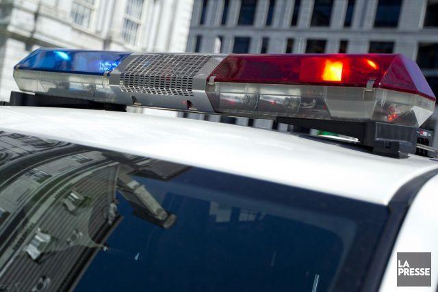 Les corps de deux octogénaires ont été retrouvés lundi matin dans une résidence... (ARCHIVES LA PRESSE)