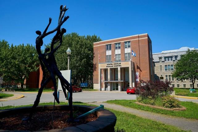 L'Institut universitaire en santé mentale Douglas, à Verdun... (PHOTO ANDRÉ PICHETTE, LA PRESSE)