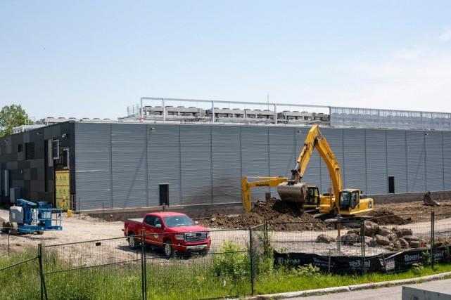 Vantage Data Centers Canada construit un nouveau bâtiment... (PHOTO DAVID BOILY, LA PRESSE)