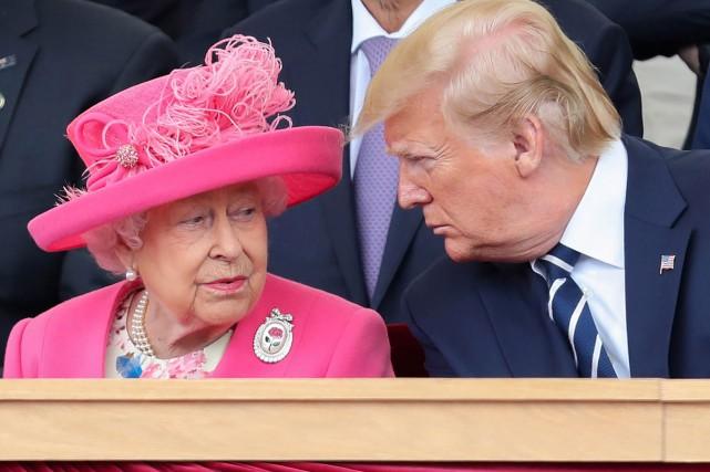 La reine Élisabeth II a rencontré Donald Trump... (PHOTO AFP)