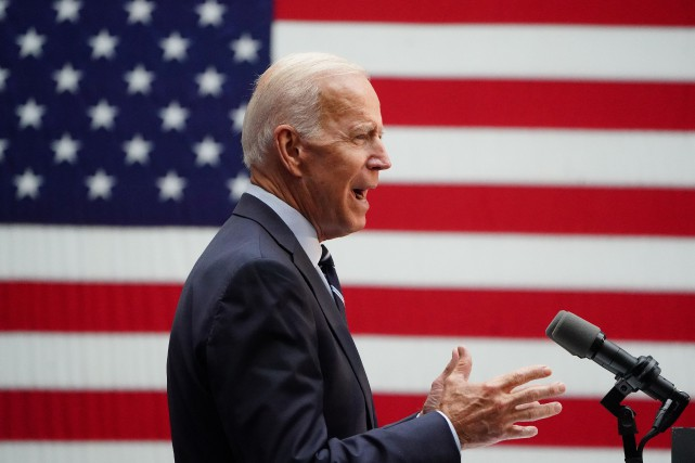 L'ex-vice président américain Joe Biden... (PHOTO CARLO ALLEGRI, REUTERS)