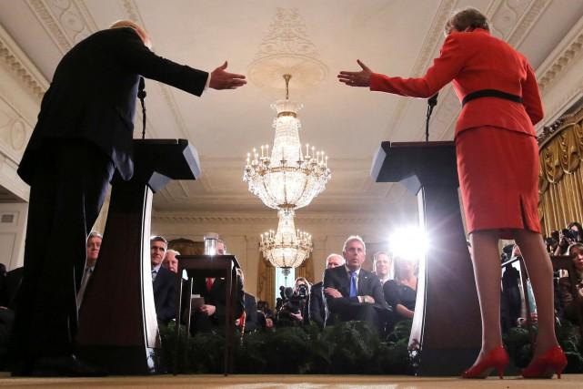 L'ambassadeur de Grande-Bretagne en poste à Washington, Kim... (PHOTO CARLOS BARRIA, ARCHIVES REUTERS)