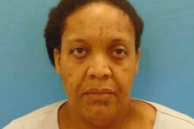 Arrêtée pour avoir vécu trois ans avec le cadavre de sa mère
