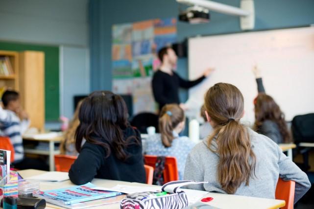 Pénurie d'enseignants: un cours offert cetété pour lepersonnel qui enseigne sansbrevet