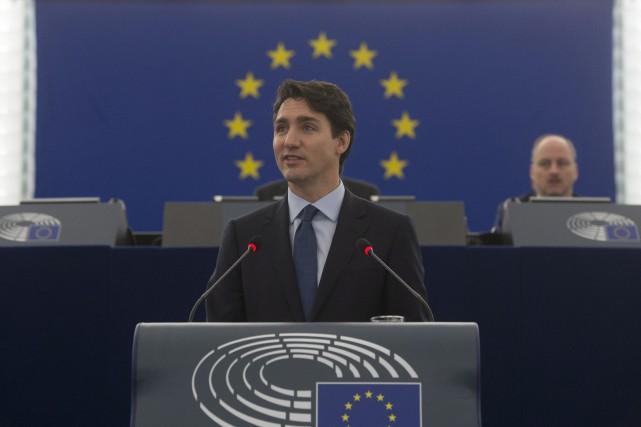 Trudeau accueille les dirigeants de l'UE à Montréal