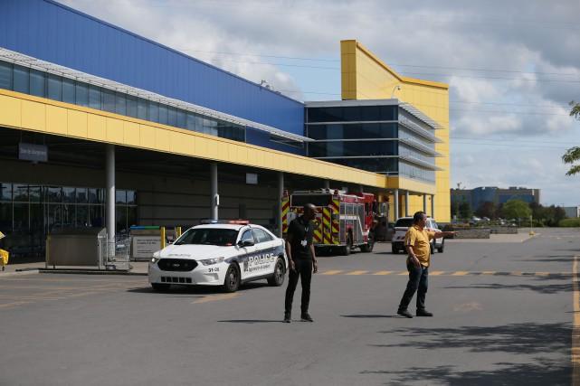 Fausse alerte à la bombe au IKEA de Boucherville: le magasin rouvert
