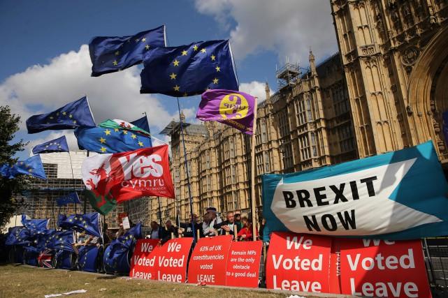 La Chambre desLordscontraint Boris Johnson à reporter le Brexit