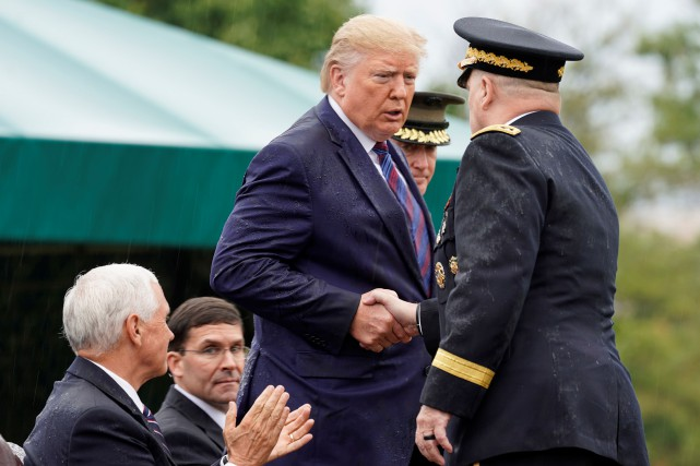 «Trahison», «guerre civile»: Donald Trump franchit encore un cap