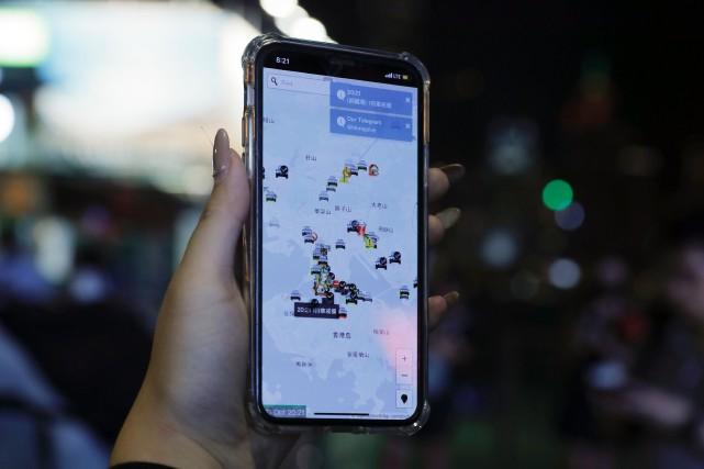 Hong Kong: Apple défend le retrait d'une application
